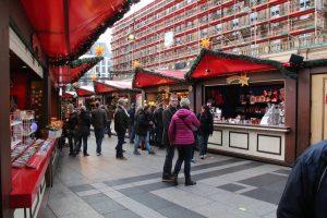 Kerstmarkt keulen bij de dom