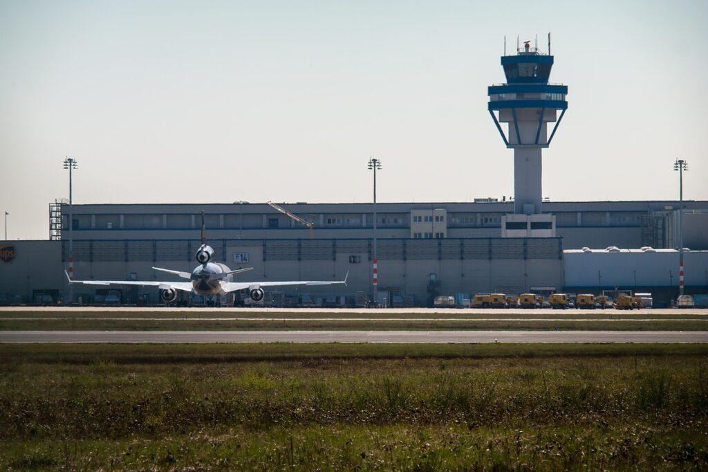 vliegveld keulen